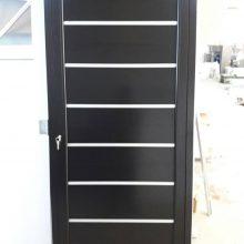 Puerta Aluminio Negro